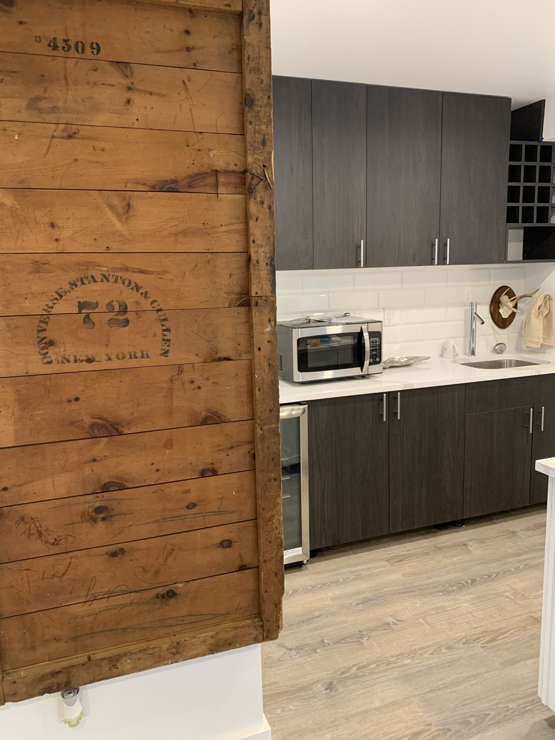 shiplap wood and counter
