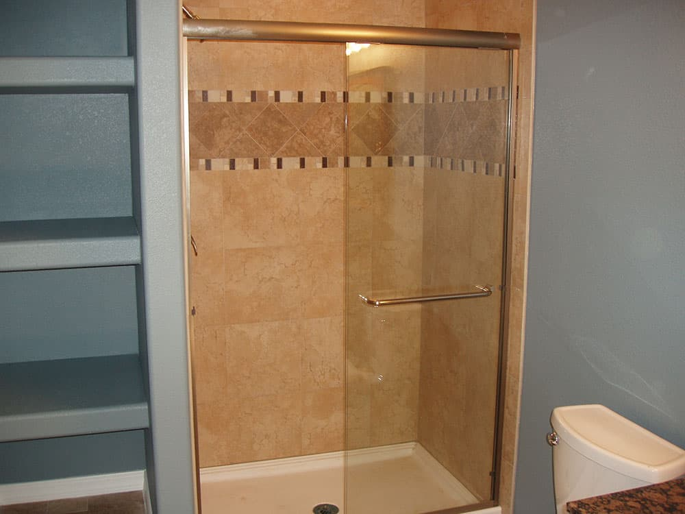 simple-small-basement-13